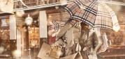 Na ikonický vzor Burberry v Číně kašlou