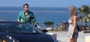 Doopravdy potřebují muži ke sbalení holky Lamborghini?