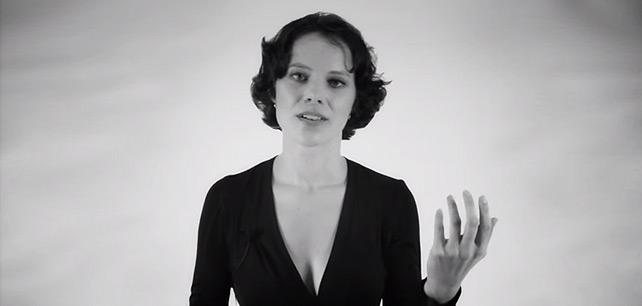 Neuvěřitelné, žena zpívá 2 tóny najednou... a zní jak vetřelec