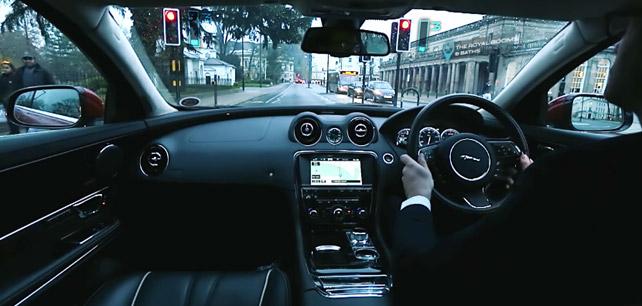 Land Rover je tady s technologií z budoucnosti