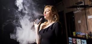 Láká vás elektronická cigareta? Co musíte vědět, než si ji pořídíte?